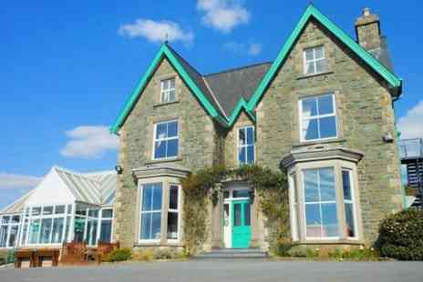 Hotel Ael Y Bryn - One Night stay For Two With Breakfast, Dinner, Liquor and Chocolates - Save 0%