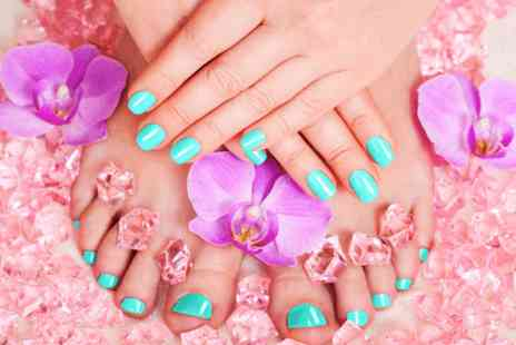 Glamour Rockz - Shellac manicure and pedicure - Save 0%