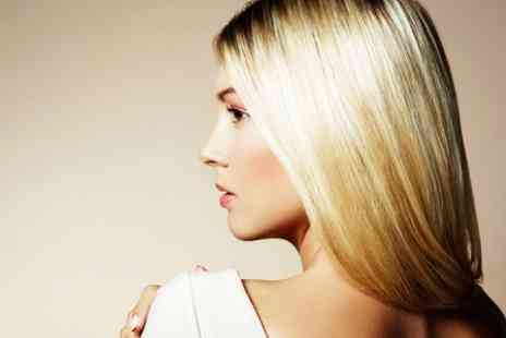 The Chelsea Day Spa - Cut and Blow Dry With Highlights - Save 64%