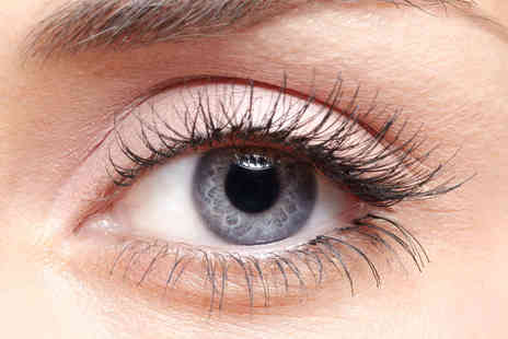 Preen Beauty Bar - Semi Permanent Eyelashes and CND Shellac Nails - Save 52%