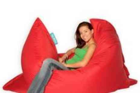 Bargain Buddy - Large Indoor Outdoor Bean Bag in a choice of 13 colours - Save 60%
