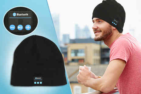 Gizmo Gadgets - Bluetooth beanie hat - Save 56%