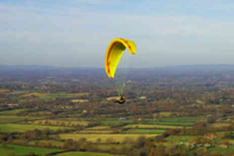 Airworks - Paragliding or Paramotoring Experience - Save 55%