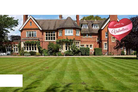 Cantley House Hotel - One night stay for Two including dinner, Prosecco, chocs & breakfast - Save 51%