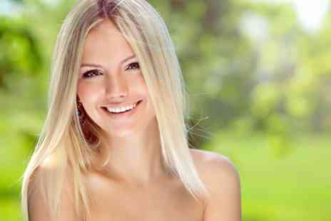 Pure Clinic - Six Month Smiles treatment on one arch - Save 73%