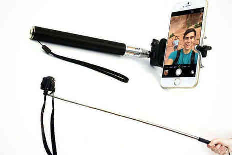 Saproducts - Extendable Selfie Stick - Save 65%