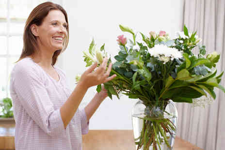 Alexanda Hamilton - A Three Hour Flower Arranging Workshop for One  - Save 88%