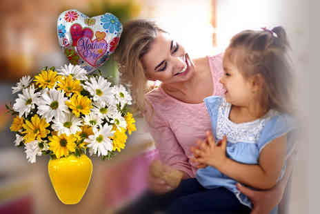 Posy Bouquets - Hand tied Charming Beauty bouquet and a helium balloon - Save 60%