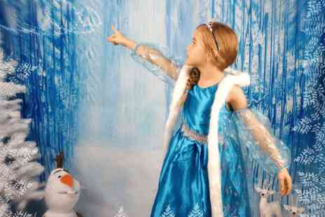 David Moffitt Future Earth Photography - Magical Frozen themed photo shoot and 7x5 print - Save 0%