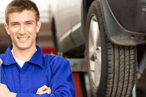 John Saint Automative - MOT test - Save 0%