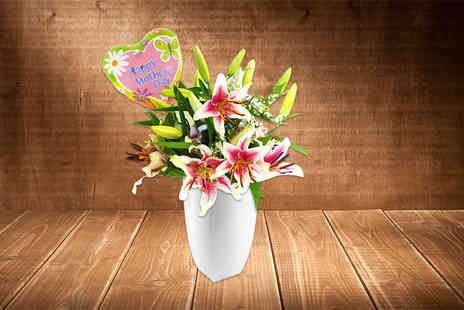 KNPH   - Choice of Mothers Day bouquet - Save 0%