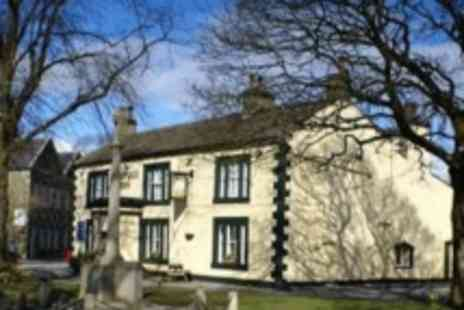 The Maypole Inn - One night stay for 2 plus dinner near Skipton - Save 0%