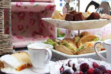 Arbor Hotel Hyde Park - Afternoon Tea For Two  With Prosecco  - Save 63%