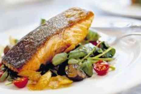The Kings Arms - Three Courses with Wine for Two at 18th Century Pub - Save 0%
