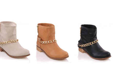 Unze - Chain Detail Ankle Boots - Save 60%