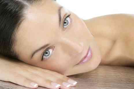 Mode salon - One Session Of Microdermabrasion - Save 51%
