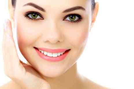 Michael Jane - Non surgical face and neck  V lift treatment  - Save 90%