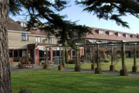 Springfield Country Hotel - An overnight stay & use of the spa facilities for 2 - Save 50%