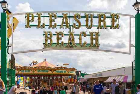 The Hamilton - One Night with 1O one day access to the rides at G Y  Pleasure Beach - Save 41%