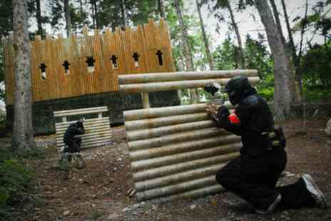 Horizon Paintball - Full day of paintball for up to 5 with entry, equipment & 100 paintballs with a light lunch - Save 94%