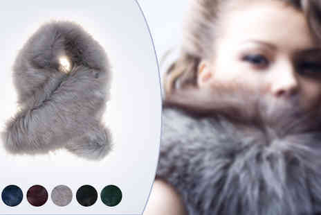 catwalk glamour - Faux Fur Collar - Save 62%