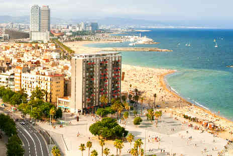 TravelUnravel - Two night stay Barcelona break including flights - Save 42%