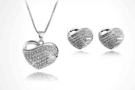 Simply Jewellery - Heart Pendant and Earring Set - Save 85%