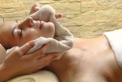 Owl House - Pamper Package with Facial - Save 60%