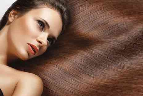 Lash and Thread Beauty Training School - Accredited Micro Ring Hair Extension Course  - Save 78%