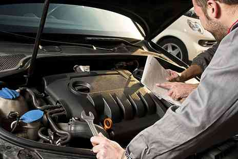 air con jon - Car Service With Oil Change Plus Air Conditioning Service - Save 78%