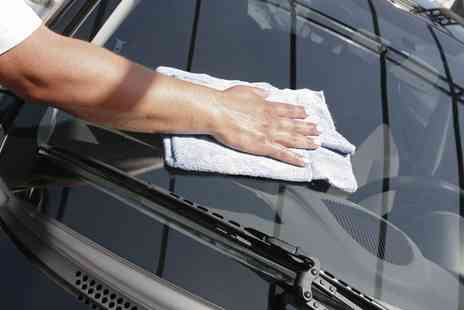 Barton Executive Valeting  - Car Service Plus Mini Valet   - Save 63%
