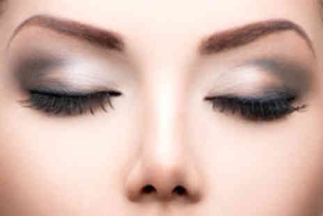 The Arch - Full Set of Semi Permanent Lashes - Save 70%