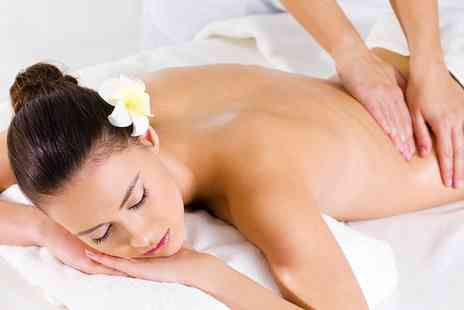 3D Hair And Beauty - Aromatherapy Massage With Optional Facial   - Save 0%