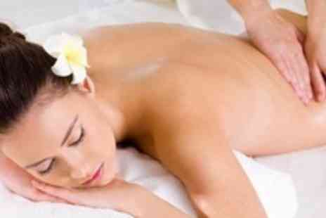 Daisy Doos Beauty & Massage  - 75 Minute Massage - Save 68%