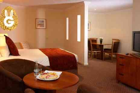 Best Western Barons Court - One Night Stay For Two With Breakfast and Dinner - Save 0%