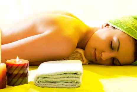 Flaunt Spa - 60 Minute Pamper Package  - Save 58%