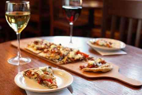 Pizza Roma - Pizza and Prosecco For Two - Save 0%