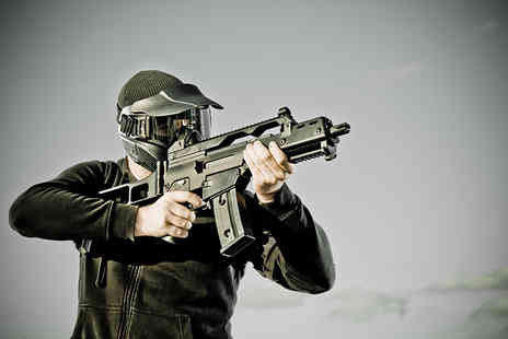 Combat Ready Airsoft - Two hour airsoft experience  - Save 44%