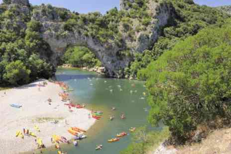 RCN la Bastide en Ardeche - Spend a week in a 6 person mobile home in the south of France - Save 51%