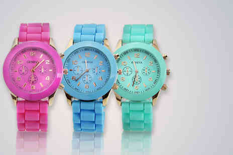 Eagle Accessories - Soft silicone unisex watch in a choice of 8 colours - Save 72%