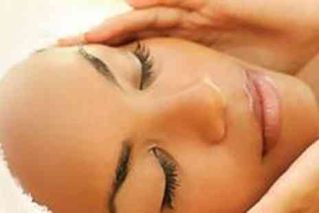 Bollywood Beauty Lounge - Ultimate beauty package with a full cleansing facial - Save 69%