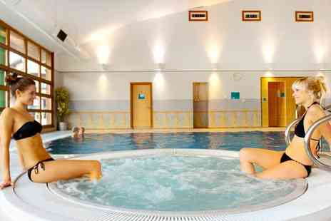 Cedar Court Wakefield - One or Two Nights For Two With Breakfast, Dinner and Health Club Access - Save 53%
