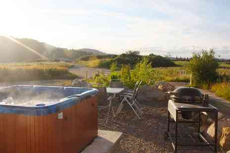 Meiklebob Holiday - One night Stay With Private Hot Tub For Up to 4  - Save 0%