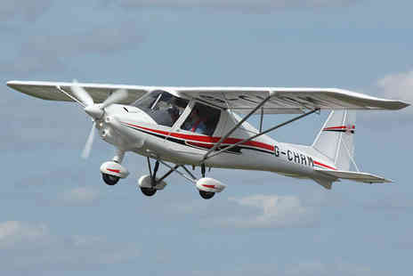 Durham Aerosports - 60 minute flying experience - Save 43%