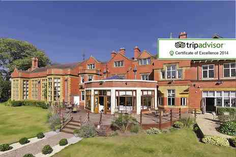The Mount Hotel - One night stay for 2 including a 3 course dinner, Prosecco, breakfast and late check out - Save 36%