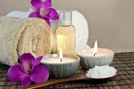 Made with Love - Aromatherapy Blending Masterclass - Save 46%