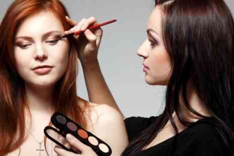 Vintage Rouge Makeup - Make Up Masterclass With Tea and Cake - Save 0%