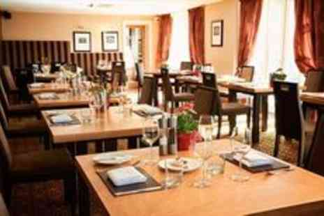 The Kings Head Hotel - Exclusive AA rosette four course lunch for two - Save 0%