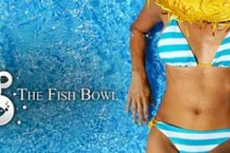 The Fish Bowl - Spray Tan for £8 - Save 60%
