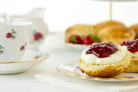 The Duke Of Buckingham - Cream tea for two with Prosecco  - Save 40%